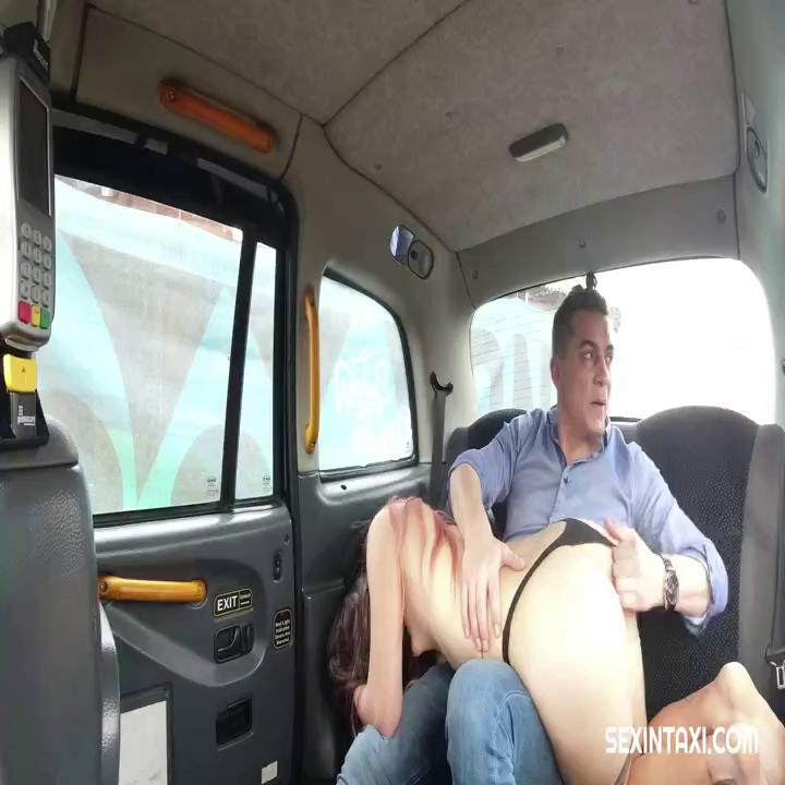 Sex In Taxi E14 Charlotte Thorne